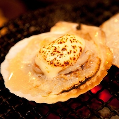 殻付きホタテのチーズ焼き