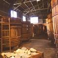 黒毛和牛ひつまぶしに使用する垂れは、長良川麓にある老舗醤油蔵『山川醸造』さんと、共同し作り上げた一品です。野菜の旨味、出汁の旨味と、東海地方のたまり醤油で作り上げています。