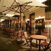 初夏~秋はテラスでランチ&ディナーが人気!心地よい風を感じられるテラス席。6月~9月頃までの季節限定となります!ビアガーデンとは一味違う雰囲気をお楽しみ下さい。