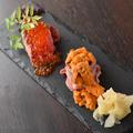 料理メニュー写真A5山形牛の肉寿司 雲丹のせ(1貫)