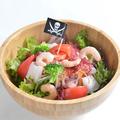 料理メニュー写真海賊のシーフードサラダ