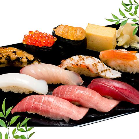当店の特徴は、赤酢使用のシャリで、本格的江戸前寿司を堪能していただけます。
