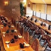 テーブル席は半分貸切で約50名様までOK!