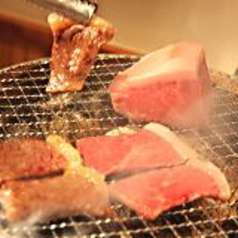 琉球炭火焼肉 島うしの特集写真