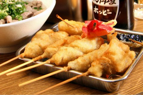 大阪食文化の代表格、串かつとどて焼き