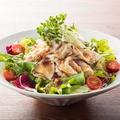 料理メニュー写真■冷しゃぶガーリックサラダ