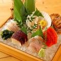 料理メニュー写真北海道漁港直送!こだわりの刺身5点盛り(一人前)