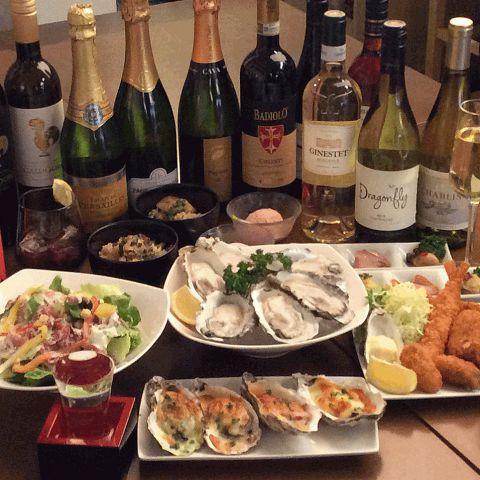 牡蠣だけではなく、海鮮やお肉メニューなどいろんなお料理をご用意しています。牡蠣がちょっと苦手な方でも大丈夫。スカイツリーを見ながらちょっとおつまみもたくさんあります。