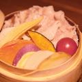 料理メニュー写真【名物】地野菜と神戸スイーツポークのせいろ蒸し
