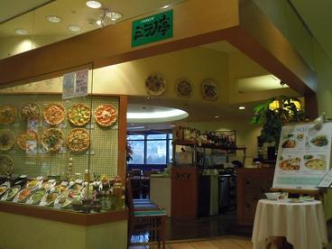 ミラノ亭 生駒店の雰囲気1