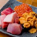 厳選した旨い新鮮な魚介をお刺身で味わうか、炙り焼きで味わうか。あらゆる調理法でお客様にご提供致します。おすすめは乗っけ寿司。魚昇自慢の新鮮な鮮魚をふんだんに乗せた自慢の逸品。しめに必ず食べるべき名物寿司!!豊田の居酒屋で海鮮料理を味わうなら当店で!