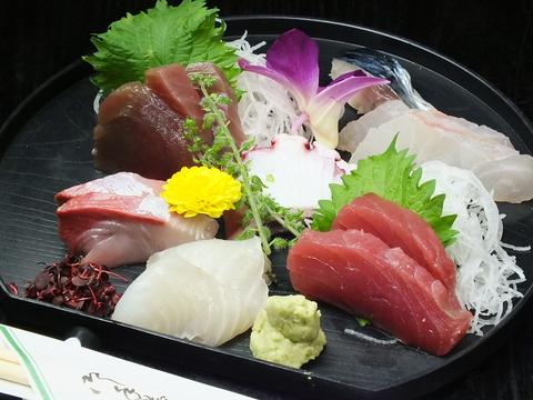 落ち着いた雰囲気で新鮮な食材を使用した和食が楽しめる小料理屋