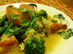 料理メニュー写真チャアスパラガス(アスパラガスと海老の炒め物)(バリ)