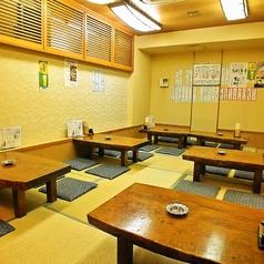 お座敷席は6名様掛けテーブルを4卓ご用意しております。