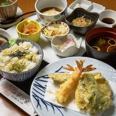 雅家のおすすめ料理1