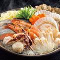 料理メニュー写真ズワイガニの海鮮鍋