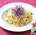 料理メニュー写真しゃきしゃきキャベツのローマ風カルボナーラ