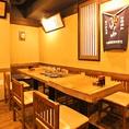 2階フロアは通り沿いのテーブル席は15名様から20名様までの個室での御利用も出来ます。