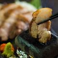 料理メニュー写真本日の五島豚 溶岩焼