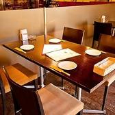 使いやすいテーブル席で、お食事をどうぞ☆