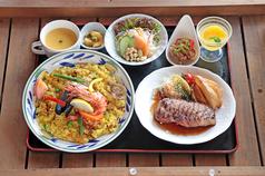 多国籍料理レストラン セビリア館の写真