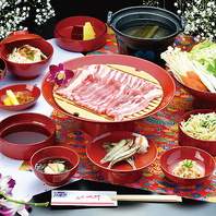 紅豚・県産和牛などのブランド肉を沖縄料理とともに