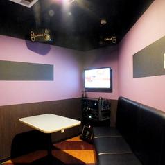 小個室。スタイリッシュ。
