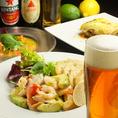 【地中海料理&クラフトビール】ギリシャ風ムサカ・アボガドのマリネ・カルパッチョなどもお楽しみ頂けます!国産白ビールや琥珀エビス、瓶クラフトビールもご用意しております♪