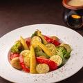 料理メニュー写真彩り野菜のバーニャカウダー(ハーフサイズ)