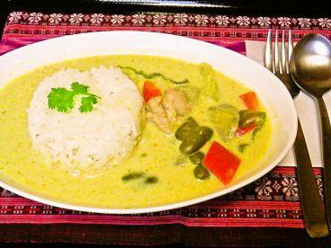プラトゥータイのおすすめ料理1
