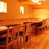 様々なレイアウトが可能なテーブル席7