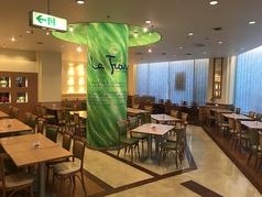 ビュッフェ レストラン ラ フォーレ ホテルグリーンタワー 幕張の雰囲気1