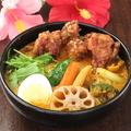 料理メニュー写真10種の野菜&ジューシー唐揚げ