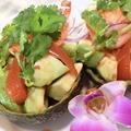 料理メニュー写真海老のアボカドサラダ