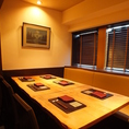 西麻布にある大人の隠れ家の醍醐味~プライベートな雰囲気を演出する『個室』を4室(6席1室・4席・2室・2席・1室)ご用意しております。カップル・・ご夫婦のほか、大切な方々・ゲストとの接待・お食事・ご会食など様々なシーンに合わせてご利用ください。