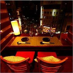 お二人の距離がギュッと近くなるカップルシートは大人気!近すぎず遠すぎず絶妙な席幅となっております♪誕生日や記念日にはサプライズ特典もございますので誕生日デートや大切な記念日にもオススメです☆(上野/個室/居酒屋/九州料理/食べ放題/飲み放題/地鶏/海鮮)