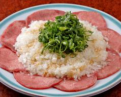 炭火焼肉 HONMACHI ホンマチ 本町店のおすすめ料理1