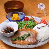 添加物不使用の身体に優しいお弁当と定食