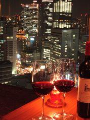 ワインも種類豊富にご用意しております。