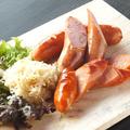 料理メニュー写真3種のソーセージ