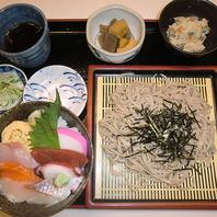 ミニ海鮮丼&大泉そばセット 1650円