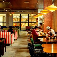 boogaloo cafe ブーガルーカフェ 四条河原町寺町店の写真