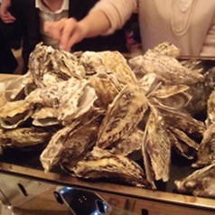 名物!牡蠣のガンガン鉄板焼き (1kg)