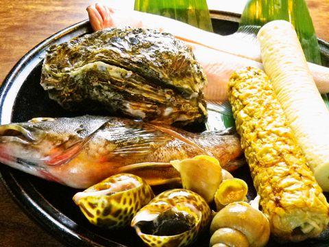 鳥取の食材を使った郷土料理が自慢♪料理の器も鳥取の民芸品。鳥取にこだわり抜いた店