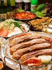 韓国路地裏食堂 カントンの思い出 上野店の特集写真