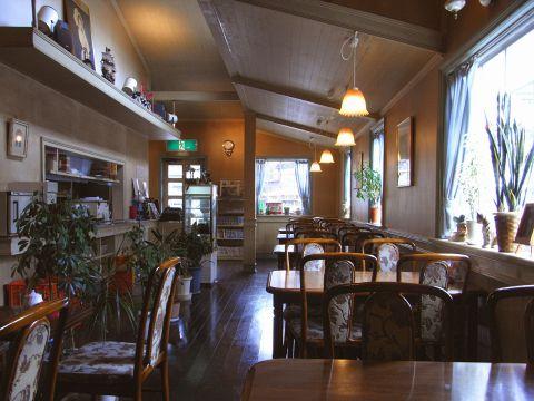 1976年オープン、アメリカンタイプの洋食店。人気のオムライスを是非ご堪能ください。