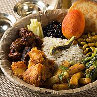 ネパール料理をおなかいっぱいお召し上がりください