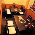 ご家族でのお食事にはテーブル席。