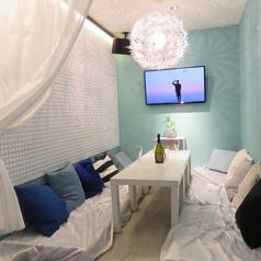 カーテンで仕切れる半個室!周りを気にせずゆったり過ごせるお席です。