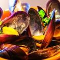 隠れ名物のムール貝は、水産物で有名なアイルランド産!ワインにぴったり!